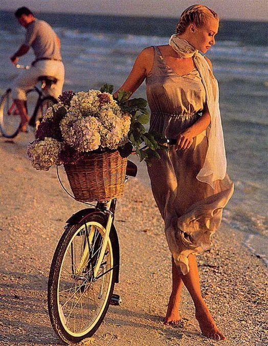 edce78b10ec25de7f119b7ba667deb81--bicycle-race-bicycle-girl.jpg (524×676)