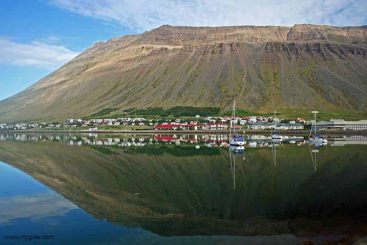 The beautiful Ísafjörður town of North West Iceland is the perfect starting point for those wanting to explore Iceland off the beaten track!