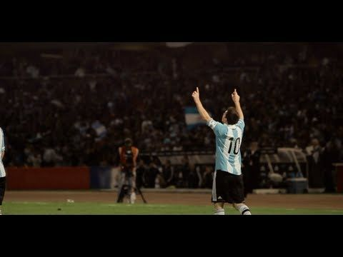 Juega como Messi -- adidas