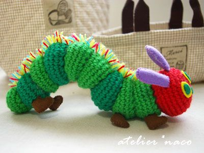 Knitting Pattern For Very Hungry Caterpillar Toy : curiouscrochet: The Very Hungry Caterpillar This is amazing!!!! Crochet Bab...