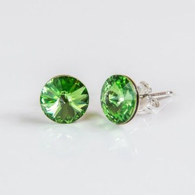 Swarovski Rivoli Earrings 8mm Peridot  Dimensions: length:1,5cm stone size: 8mm Weight ~ 1,15g ( 1 pair ) Metal : sterling silver ( AG-925) Stones: Swarovski Elements 1122 SS39 ( 1122 8mm ) Colour: Peridot 1 package = 1 pair Price 9.90 PLN( about`2,5 EUR)