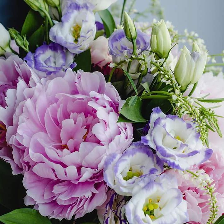 #weddingwednesday! Did you know that peonies symbolise good fortune and a happy marriage? No wonder they're so popular with brides! #flowers #weddingday #weddingflowers #wedding #weddingideas #love #bride #bridesmaid #bridetobe #bridal #bridalstyle #bridalbouquet #irelandflowers #galway #dublin #ireland #picoftheday
