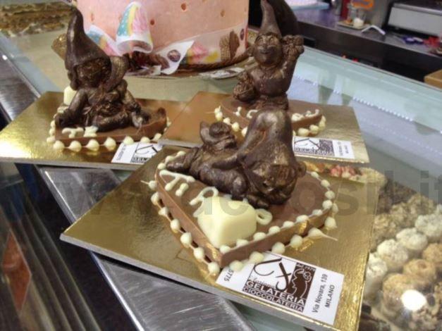 Gelateria Cioccolateria Floriana  Via Novara, 139 - 20153 Milano - Tel.: 02 45 25 775  PRODUZIONE ARTIGIANALE ORARIO: 08.00-24.00 APERTO TUTTI I GIORNI