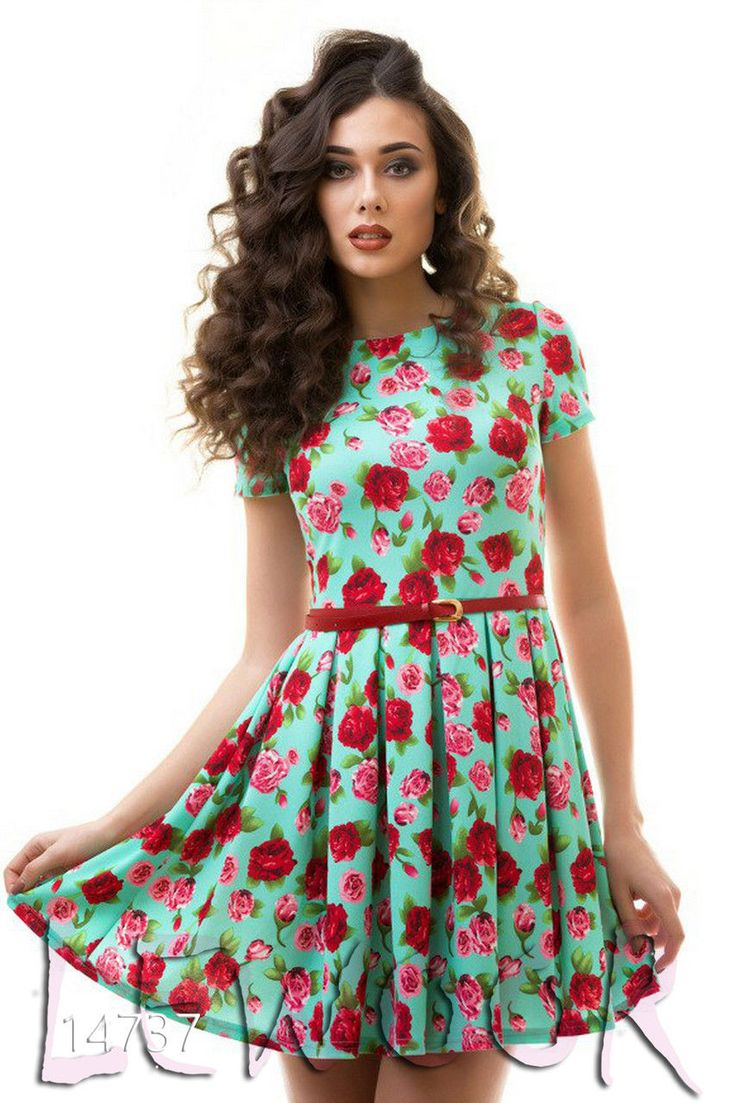 Женские платья с розами