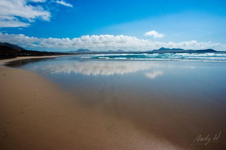 Mirror beach - Playa de Famara - Teguise, Lanzarote   by Andreas Weibel