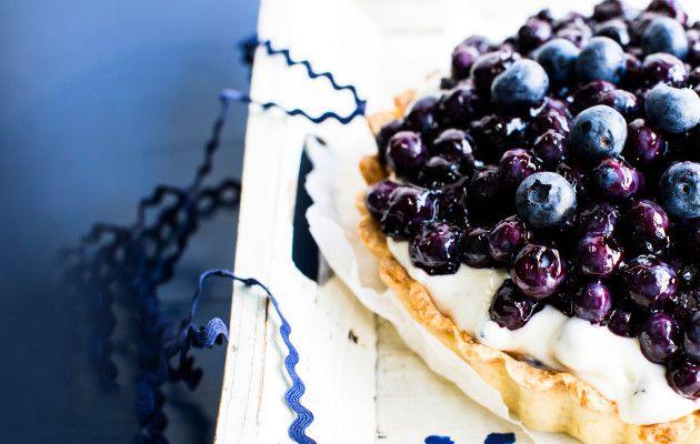 Mustikkabanoffee / Blueberry banoffee / Kotiliesi.fi / Kuva/Photo: Riikka Hurri/Otavamedia