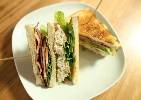 BBQ Chicken Club Sandwich recipe - The Cooks Pantry