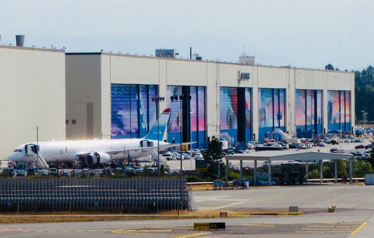 The Boeing Factory Tour and Future of Flight Aviation Center