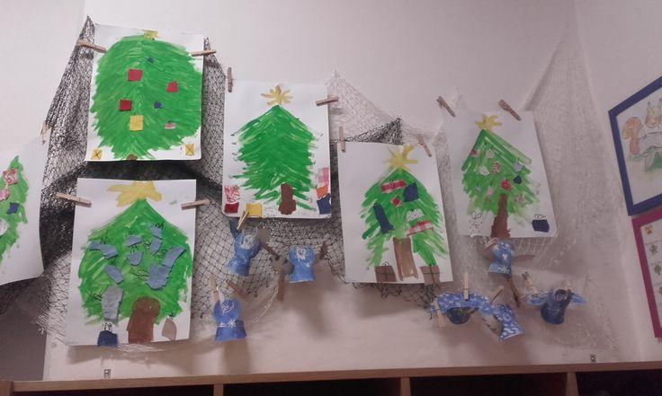 vánoční strom - malováno akrylovou barvou, dárky - textil