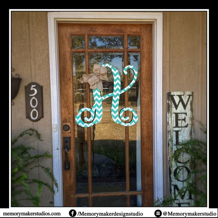 25+ unique Monogram door decor ideas on Pinterest | Letter ...