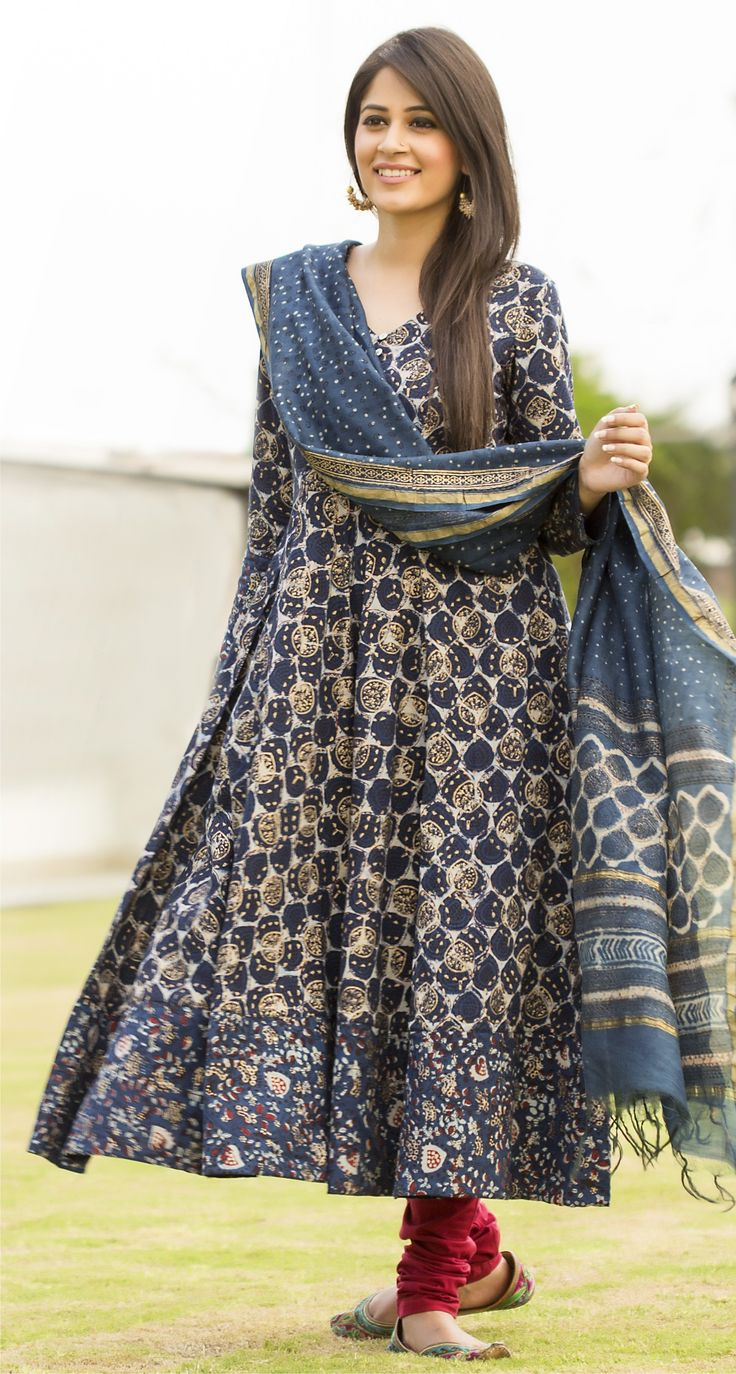 #festive #dress-up #anarkali #gold #khari #block-print #Fabindia