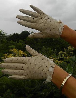 VINTAGE Forever New Classic Chic Ultra-Feminine Eyelet Leather Retro Gloves