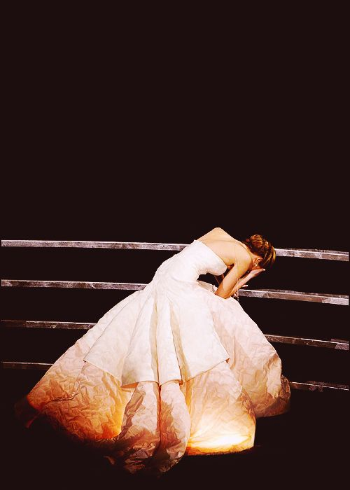 """I love that when Jennifer fell at the Oscars, I didn't even realize she fell... Rather, I was sitting there thinking, """"What a stunningly beautiful composition she makes in that dress -- all sprawled out on the stair like that."""""""