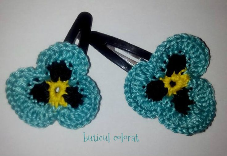 Crochet flower hair clip, flower pony tail holder, elastic hair ties, Crochet pansy, hair accessories, Gift for little girl, set of 2 by ButiculColorat on Etsy