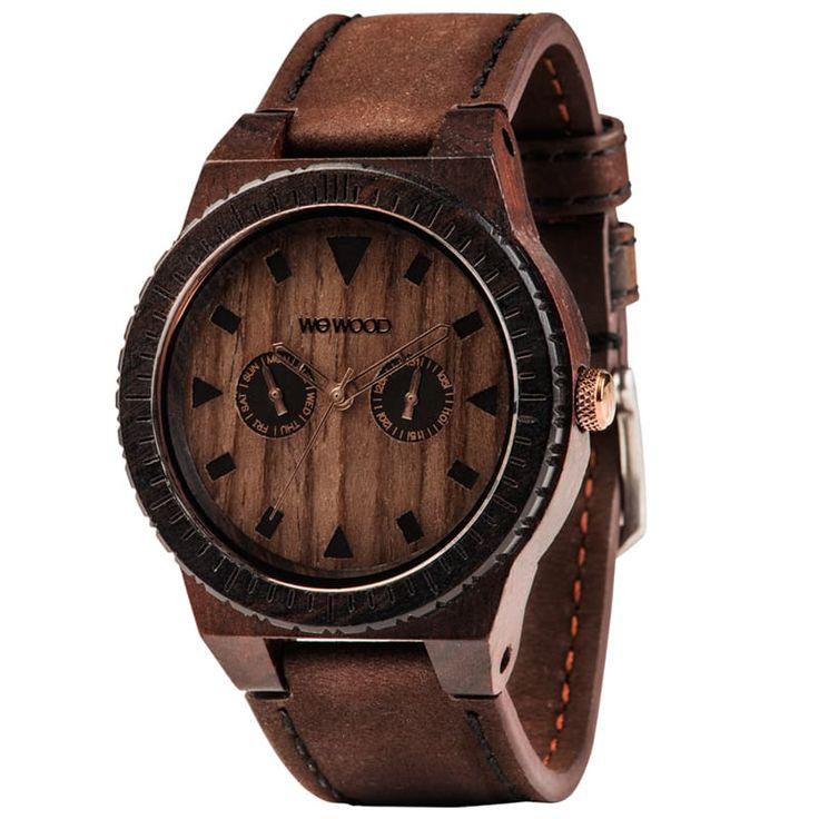 Модные мужские деревянные часы WEWOOD LEO Leather Chocolate предназначены в подарок суверенному в себе Мужчине. Корпус выполнен из драгоценного черного дерева, ремешок – из натуральной кожи. Циферблат украшен контрастними маркерами и стрелками. Высокоточный японский кварцевый механизм и батаре