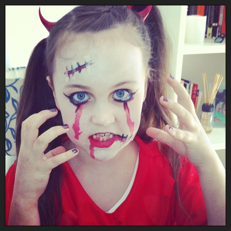 Halloween devil face paint pintacaritas pinterest for Cara pintada diablo