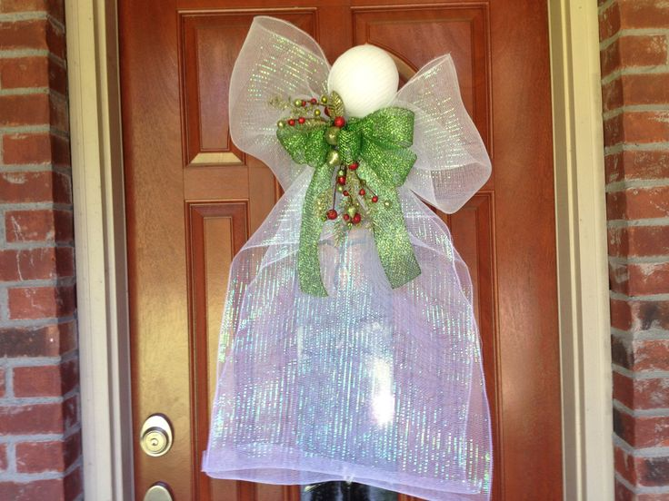 DecoMesh Angel Wreath