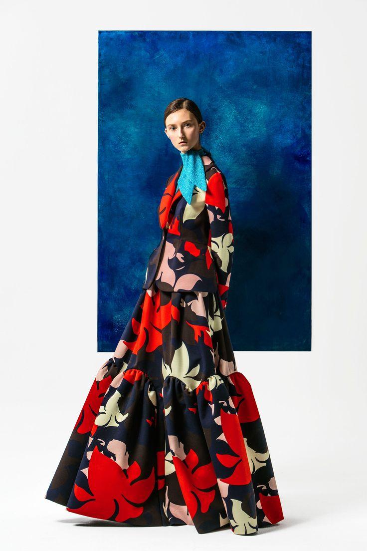 http://www.vogue.com/fashion-shows/pre-fall-2016/delpozo/slideshow/collection#18