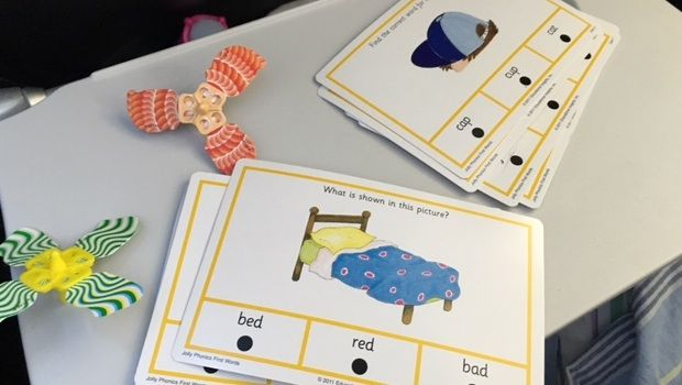 Learning to read with Hot Dots Jolly Phonics cards