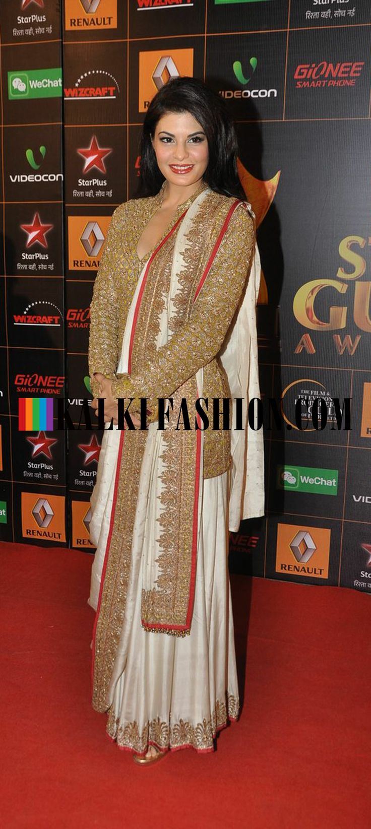 http://www.kalkifashion.com/ Jacqueline Fernandez looks beautiful in a Anand Kabra saree at Star Guild Awards 2014