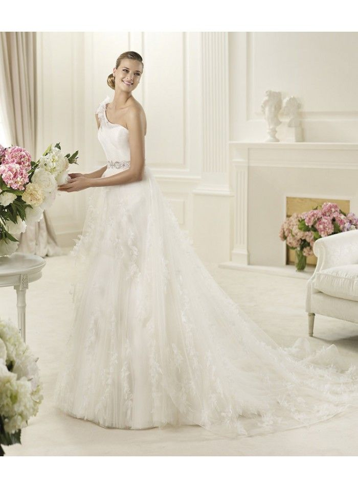 453 best Latest Wedding Dresses images by Troy Bilodeau on Pinterest ...