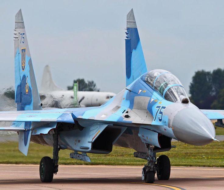 #Repost @philippetondeur  Ukraine air force Sukhoi SU-27 Flanker. RIAT 2011.  Taken on July 18 2011 by John (Johno 14) by militarytopics