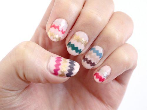 Zig-zag nail decal how-to (It's so easy, it's genius!): Nails Art Tutorials, Nails Art Ideas, Nails Ideas, Easter Eggs, Nails Decals, Zigzag Nails, Zig Zag Nails, Diy Nails, Nails Tutorials