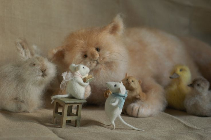 Stuffed Animals by Natasha Fadeeva - stuffed animals reading