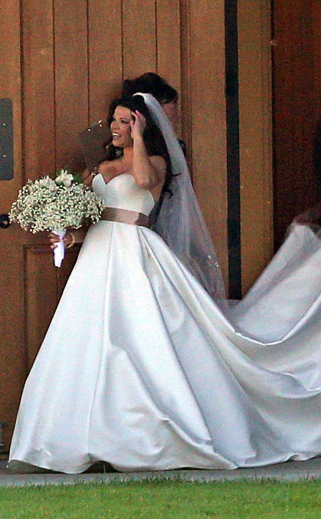Amy Duggar's Wedding: Get Details and See Photos of the Bride in Her Dress, Plus Guests | E! Online