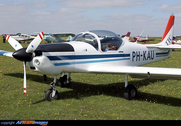 Slingsby T-67M-200 Firefly