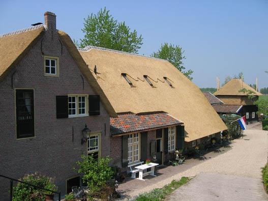 De Lingehoeve, Bed and Breakfast in Oosterwijk, Zuid-Holland, Nederland | Bed and breakfast zoek en boek je snel en gemakkelijk via de ANWB