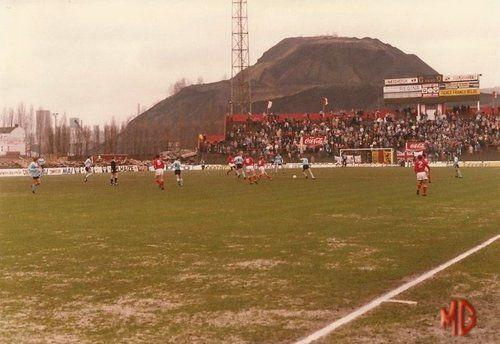 Stade de Sclessin. 31-03-1985  Standard Liège - Fc Bruges 0-4 sans la tribune 1