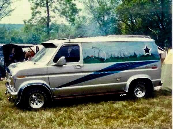 Https Www Facebook Com Photo Php Fbid 10157716764263990 Custom Vans Old School Vans Ford Van