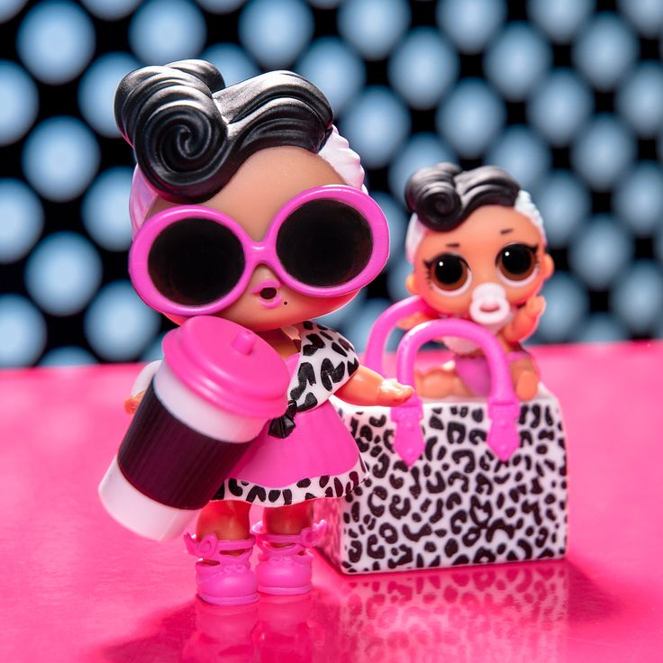 Dollface and Lil Dollface are faux-ever sharing their accessories. Swipe to see … – lol surprise