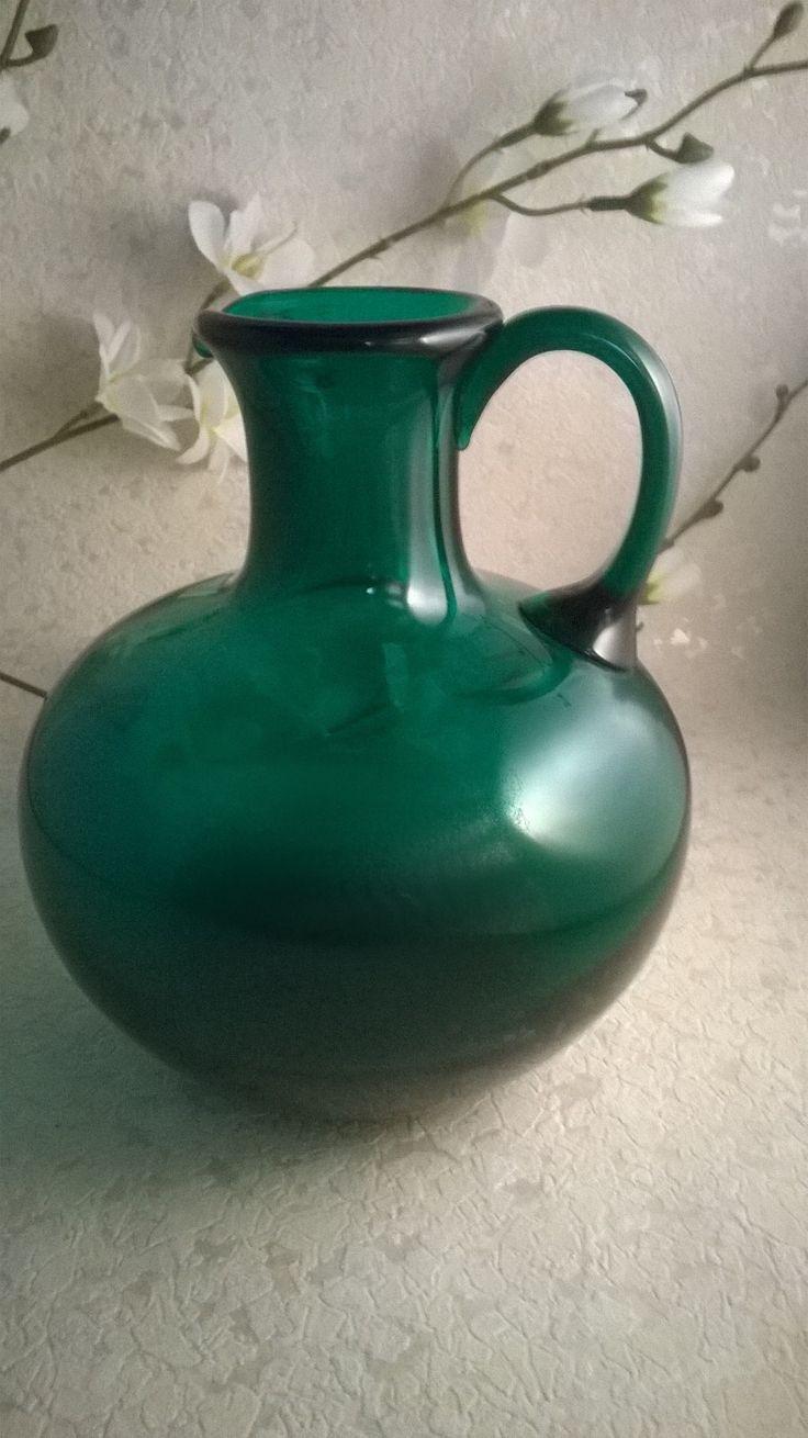 Glaskrug grün Entwurf: Bruno Mauder Höhe: ca. 16 cm