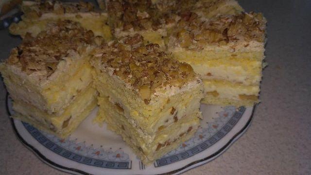 Kijevi krémes, ennél finomabb, krémesebb és csodásabb sütit régen nem kóstoltam! - Egyszerű Gyors Receptek