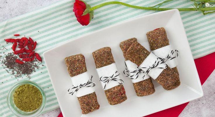 Tschakka – du schaffst das! Superfoods, roh und richtig lecker – die perfekte Kombination für den Snack am Nachmittag oder vor dem Sport. Jetzt probieren!