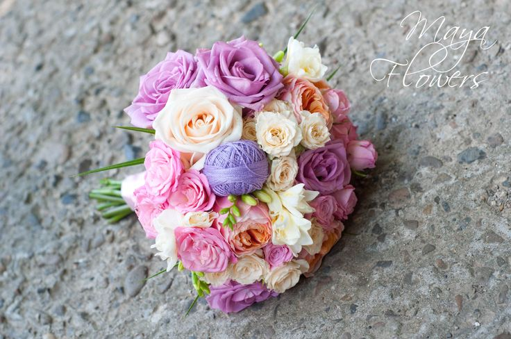 wedding purple bouquet - buchet mireasa mov - roz - lila - alb (www.maya-flowers.blogspot.ro)