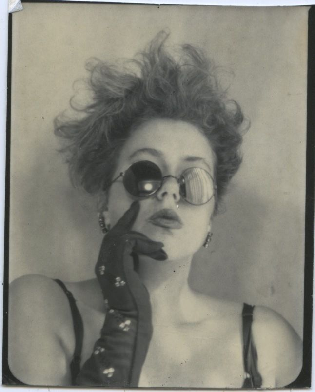 I don't know who she is. Found her in the Vintage Photobooth section. I dig this