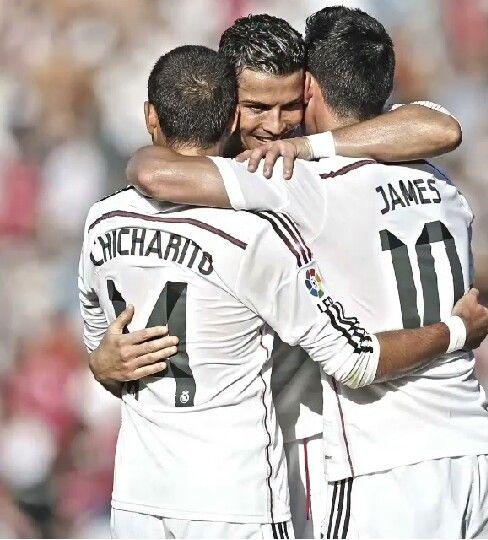 Cristiano Ronaldo and James Rodriguez and Chicharito Real Madrid vs Levante