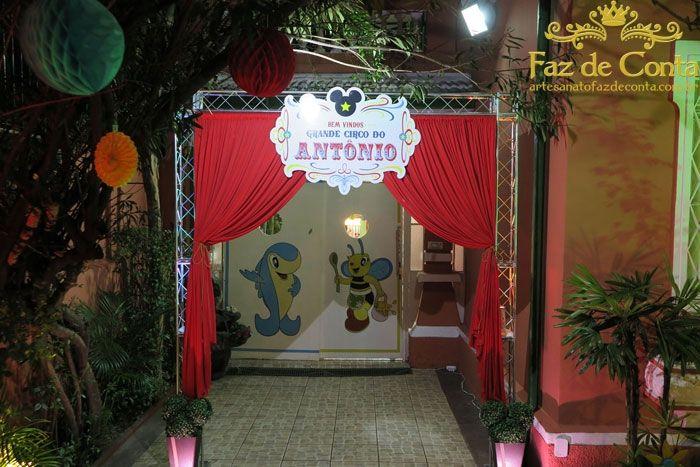 cortina entrada salão circo