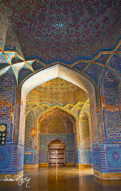 SHAH JAHAN MOSQUE - The mosque was built in 1647, during the reign of Mughal King Shah Jahan, as a gift to the people of Sindh for their hospitality.