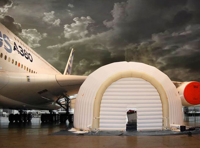 Airbus's inflatable maintenance hangar