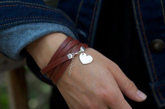 Fine coeur argent charme cuir Wrap Bracelet Saint Valentin cadeau pour sa mère copine femme cuir large Multi Wrap main estampillée ou non