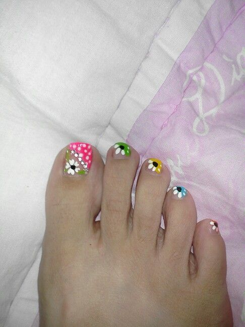 Multi colored toes