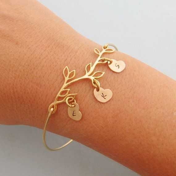 Family Tree Bracelet Personalized Mothers Day Gift From Daughter Son From Kids Mom Gift Personalized Jewelry Mom Bracelet With Kids Initials Family Tree Bracelet Mom Jewelry Personalized Moms Bracelet