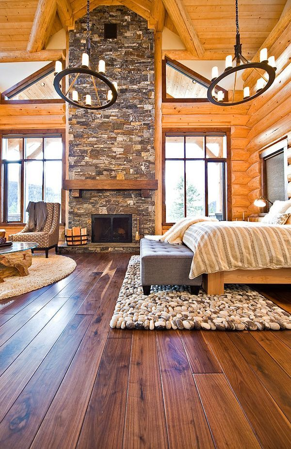 Modern Okanagan log home with a warm rustic feel. We would love to sleep in this country cabin escape!