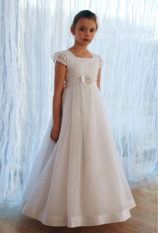 2017 New Arrival Short Sleeve Lace Flower Girl Dresses Vestido de Comunion First Communion Dresses for Girls 10 12 Pageant