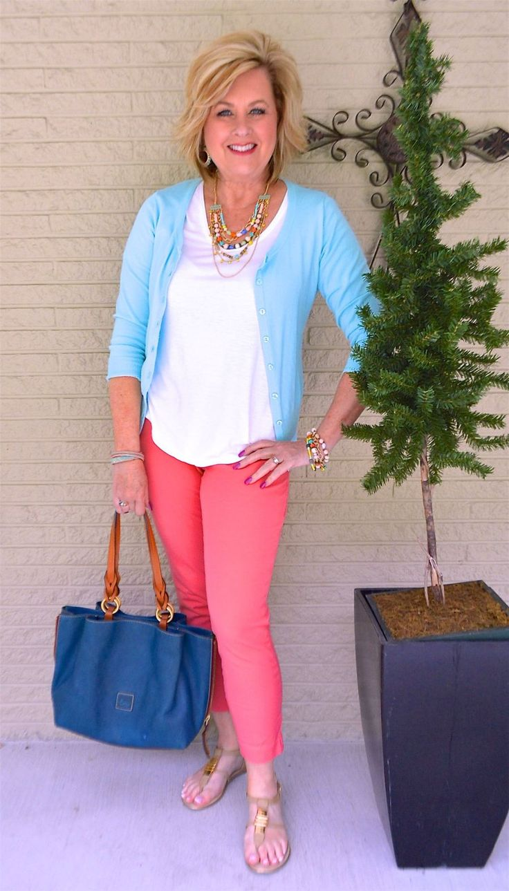A PERFECT SUMMER COMBINATION - 50 IS NOT OLD | Turquoise and Melon | Summer colors | Summer Outfit | Fashion over 40 for the everyday woman