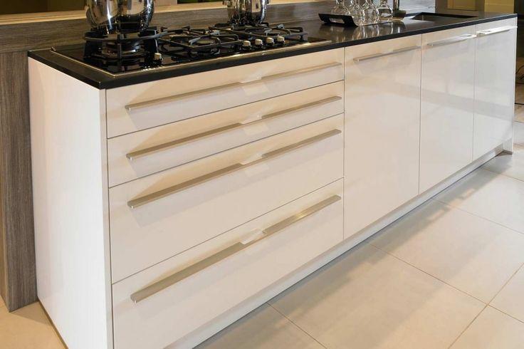witte hoogglans design keuken